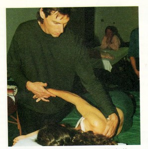 Roger teaches clarification by manipulation of the shoulder in the horizontal plane.